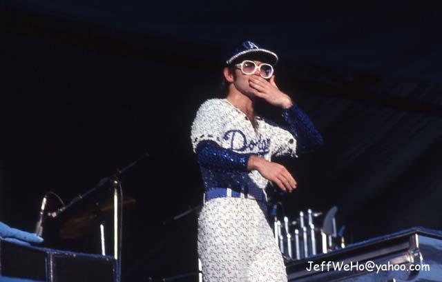Elton John Stadium Elton John Piano